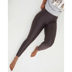 Aerie OFFLINE Hip Gloss Super High Waisted Legging